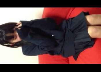 【個人撮影】JC風の素人美少女流出!貧乳ロリ童顔ショートカットヘア制服娘がパンチラしながら素人ハメ撮りセックススマホ撮りしてるカップルエッチ超特級激かわ!