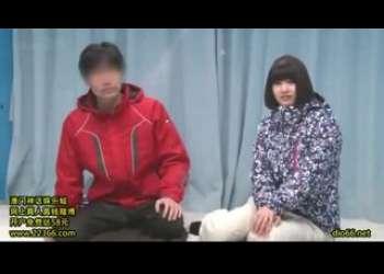 【マジックミラー号】黒髪ショートカットヘアかわいいむちむち女子がエロマッサージされて感じちゃう盗撮映像素人ナンパ