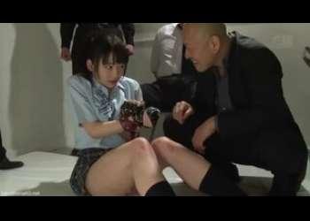 拘束状態のロリ美少女JK、姫川ゆうなを調教レイプ!強制オナニーさせられて屈辱的なロリっ子さん