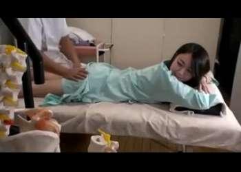 【盗撮レイプ】エロマッサージで旦那がいるのにレイプされてしまう寝取られ奥さん人妻レイプ