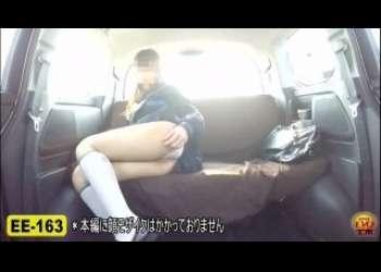 【ドラレコ盗撮】車の中でおもらししちゃうJKやお姉さんたち車が台無しなっちゃう素人隠し撮り個人撮影!