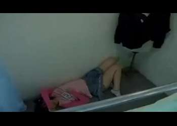 【盗撮レイプ】JC風制服姿やJS風女児服姿のロリたちを試着室でレイプするという超ひどい鬼畜ロリコンセクハラ野郎
