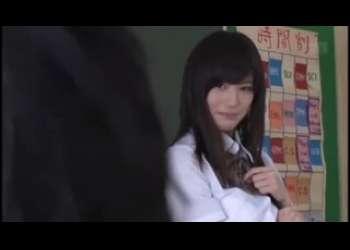 【高橋しょう子】転校生は元グラビアアイドル巨乳美少女!えちえちすぎるパンチラで誘惑してくれるビッチJK!