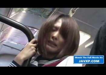 痴漢レイプ被害に遭遇してしまうショートカットヘア美少女黒パンストJKの悲劇セーラー服姿
