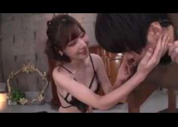 【深田えいみ】超エロい巨乳痴女に襲われてアナル舐め手コキベロチュー痴女りまくり立ちバックで最高にド変態行為してる巨乳色白
