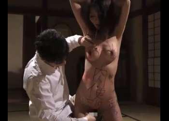 ♡母さんは肉便器♡変態息子に調教されて息子チンポ無しではいられない母♡緊縛で吊られて性奴隷にする鬼畜