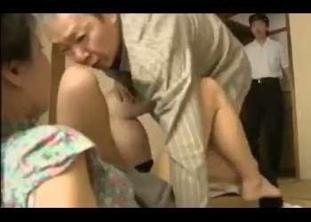 ♥父娘相姦レイプ☆姉妹相姦「親父…姉ちゃんに何してるんだ」父に犯された姉は弟チンポも挿入しちゃう