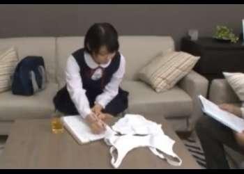 ♡隠し撮り☆女子校生の裏風俗面接でいきなり客に挿入される「この下着に着替えてね♡」