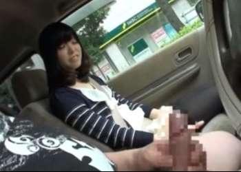 ♥人妻のお手軽バイト♥車を運転しながらオナーニーする変態を観るだけの簡単なオナ鑑賞…ムラムラすると汚まんこが♥