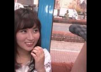 《川崎亜里沙》センズリ見てるだけで興奮しちゃう変態妻!触られたわけでもないのにアソコはぐちょぐちょに