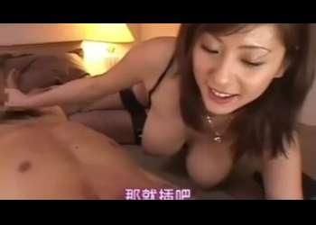 【麻美ゆま】あれぇ硬くなってるぅ、美しい痴女が誘惑!肉棒ぱっくりで濃厚セックス