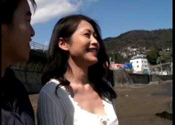 《友田真希》息子と温泉旅行で母親のカラダは成長した肉棒に疼きが治まらない!