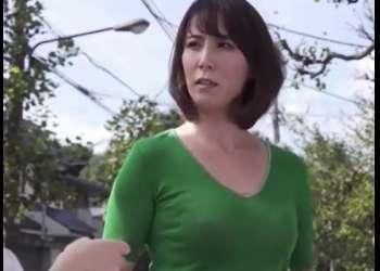 [澤村レイコ]素行も悪く学校ではモンペ扱いの熟女をショタがお仕置きと称しレ〇プ!