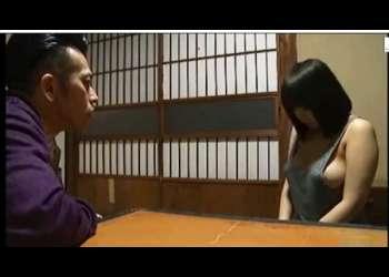 【ながえスタイル】連れ子のデカパイ女子高生がノーブラなのでもう我慢ができません!