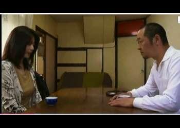 【ヘンリー塚本】週に三回はセックスしたいバツイチ熟女!