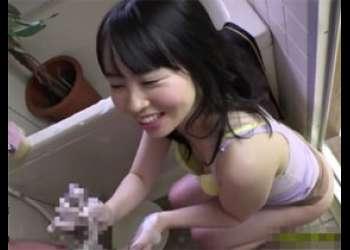 妻の妹の洗体手コキでフル勃起!