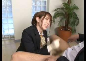 美人CAがM男を手袋淫語手コキで悦びの絶頂射精 波多野結衣