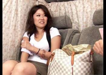 湾岸の美脚の奥様(34歳)に夫婦の営みを赤裸々インタビュー!