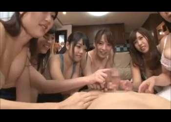【ハーレム手コキ】6人の美女に囲まれて、その後は・・