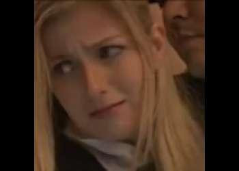【強姦】金髪美ロリウェイトレスに興奮した客が痴漢!逃げる店員を追いかけ無茶苦茶チンをぶち込み生だし辱しめ!