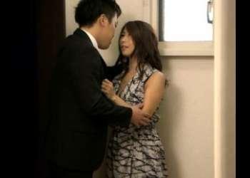 【ビッチな嫁の寝取られ映像】探偵に調べた結果、嫁と会社の先輩の浮気が発覚☆愛する嫁が他人にだかれる容姿を想像して鬱おっき…
