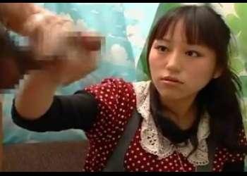 赤面手コキ研究所 20歳のOLまおさん本物素人が勃起チ○ポを手コキ!Youtubeのアイドルが過去のAV出演を告白したことで話題に!?