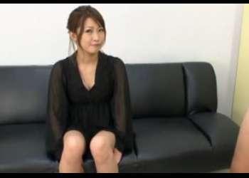 素人娘のフェラ 黒い服が大人っぽい19歳おねえさんのフェラテクで口内発射する!