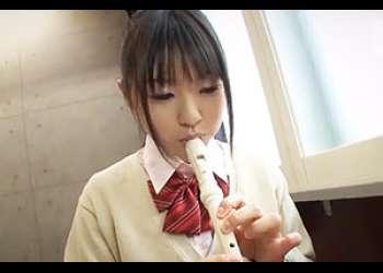イジワルされるほど感じてしまうドM美少女が唾液を垂らして喘ぎ感じるSEX動画  つぼみ