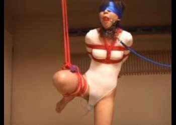 緊縛されたバレエ少女がマンコにバイブを突っ込まれて放置されるwww