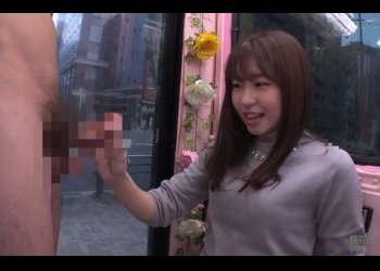 マジックミラー便!女子大生イラマチオ♡かわいらしいJDが奥まで咥えるフェラだけでパンツ濡らして本番まで受け入れ!!