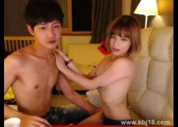 【ライブチャット】めっちゃきれいな美人彼女と素人ライブチャット動画個人撮影生配信してる韓国人羨ましい