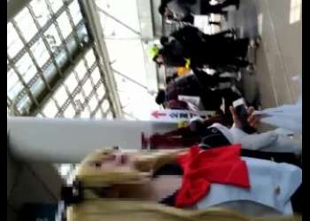 【盗撮】激かわ素人アニコスプレイヤーの後をつけてストーキング素人個人撮影隠し撮り映像