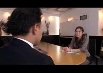 【椎名ゆな】エロエロ熟女人妻OLのエロさがすごかったので仕事中にめちゃくちゃセックスした