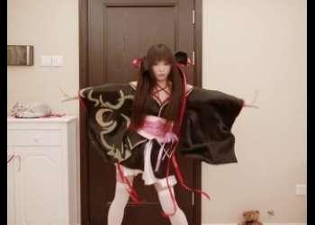 和服アニコスプレイヤーオタク女子が本気で踊ってみた素人ライブチャット動画個人撮影生配信エロすぎるでしょ
