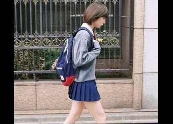 『嫌だっ…痛いっ』ロリ美少女女子校生を拘束し無毛ワレメに強制挿入でガン突き!