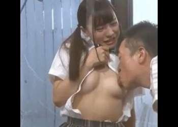 美少女女子校生が義父の生チンポを受け入れて繰り返し無許可中出しされる!