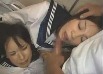 美少女女子校生2人を尾行して強姦!可愛い顔に精液をぶっかけお掃除フェラさせる!