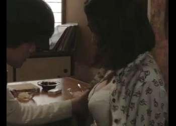 【成海璃子】『あっ…あぁ…』デカパイ解禁!映画<無伴奏>で生々しいベロチュー&喘ぎ声の濡れ場を披露!