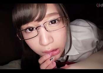 【星奈あい】清楚系の超絶カワイイ美少女JKは勉強もフェラチオもお好き?アナタを見つめながら肉棒に吸い付くフェラ抜き&口内射精!