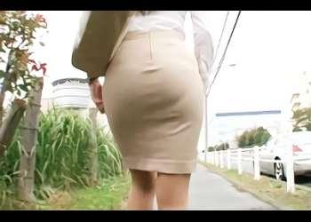 【小早川怜子・熟女】ピチピチのタイトスカートで通勤している巨乳美人OLを襲う、バックから激ピストンファック&タイトスカート尻にザーメンぶっかけ!