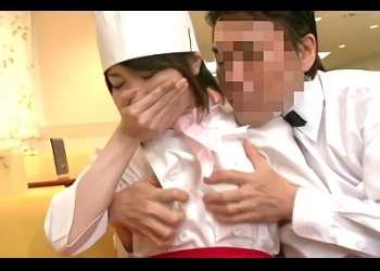 【企画】夫婦が営む飲食店で妻の目を盗みパティシエの女性従業員とチンポをハメる濃厚不倫セックス!!
