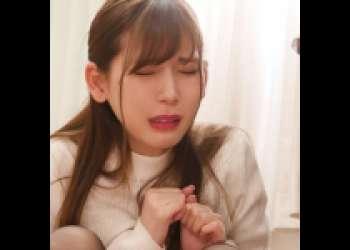 【美人女子大生】図書室で失禁!お漏らし&フェラ!口内射精後も終わらない変態行為!