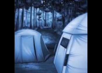 真夜中にテントを抜け出してヤルことはひとつだけ!大自然の中で開放的な中出しSEX!<エロアニメ>