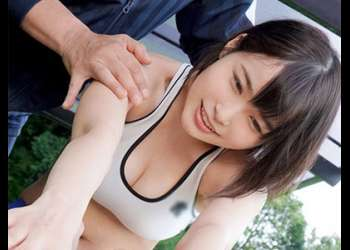 巨乳の美少女ランナーを襲う変態コーチ!おっさんと汗だくセックスしないでくれッ!臭い精子をぶちまけられないでくれッ!!