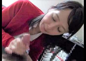 【安野由美】学生のようにはしゃぐ姿が愛らしい軌跡の美魔女が五十路テク全開で童貞チンポをおもてなし!