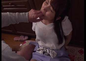 【加藤ももか】綺麗な顔を歪めるほど大きなイチモツを喉奥にブチ込まれて犯される巨乳人妻!
