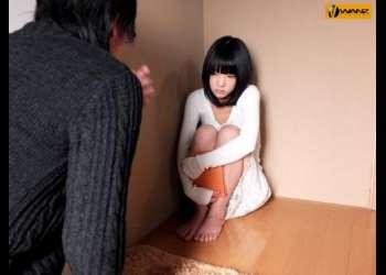 【あべみかこ】可愛い黒髪娘を性処理専用人形としてクローゼットの奥に監禁する陵辱家族!