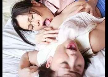 【夫たちより女性同士のまぐわいのほうが気持ち良い!】嫁と姑が貝合せする禁断のレズ絡み!