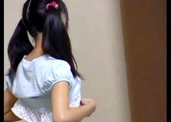 JS?JC?の可愛い女児妹が子供パンツに手を入れて自慰行為してる姿を隠し撮りする兄【個人流出|早期削除注意|オナニー盗撮】