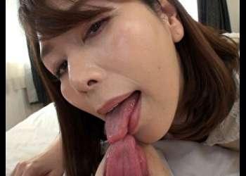 翔田千里 ささやき淫語で誘惑する淫乱五十路妻☆熟れた身体と熟練のテクニックで金玉が空っぽになるまで交尾にいそしむ
